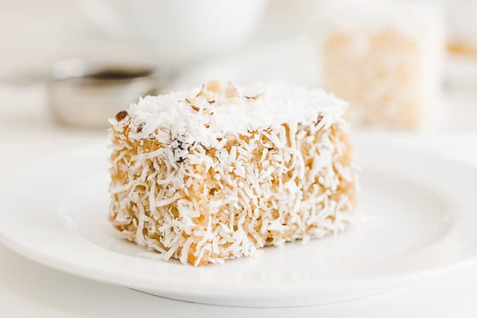 Lamingtons at Luscious Kiki Cakes Brookvale